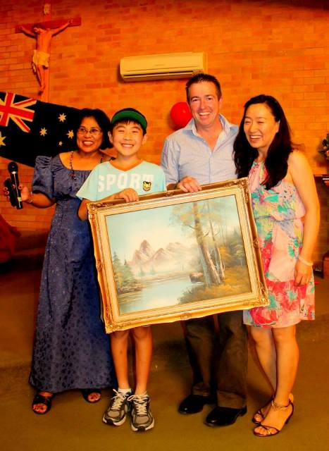 p14-nsw-nenita-2The Vintage Oil paiting raffle was drawn by Paul Toole MP won by James Li